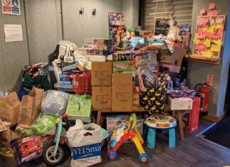 Christmas present donations